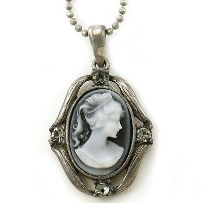 White Gray Cameo Pendant Necklace Charm Antique Vintage Classic Design Charm M9