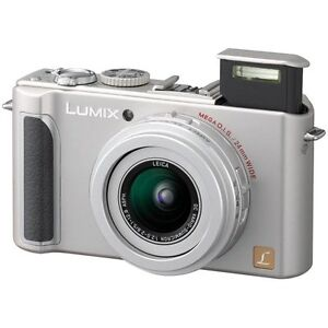 Panasonic Lumix DMC-LX3 Digital Camera  10MP Wide-Angle Leica F 2.0 Lens + 16 MB