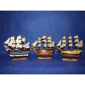24CM HMS VICTORY / HMS BOUNTY / HMS ENDEAVOUR WOODEN MODEL SHIP SAILING BOATS