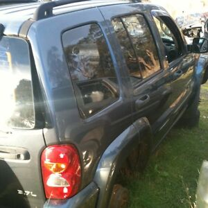 Jeep Cherokee Ltd Kj Wrecking 2003 4 Sale 1 Bolt