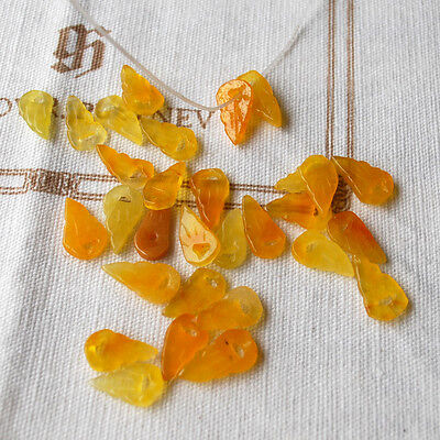 20 Semi Precious Gemstone Carved Yellow / Orange Jade Leaf Beads 15mm