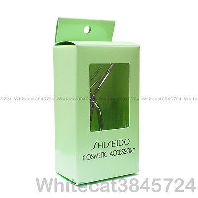 Shiseido Cosmetic Accessory Eyelash Curler With One Rubber Refill Pad
