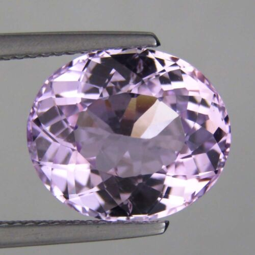 7.77CTS LUXURIOUS! PINK NATURAL KUNZITE OVAL SHAPE VIDEO IN DESCRIPTION
