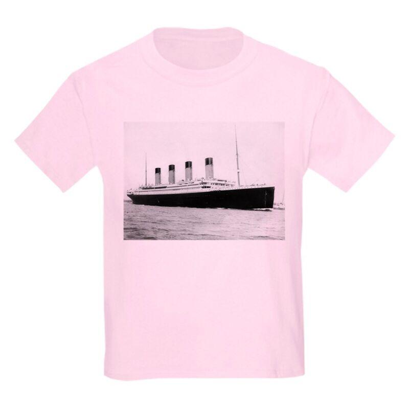 CafePress Titanic T Shirt Kids Light T-Shirt (1603665586)