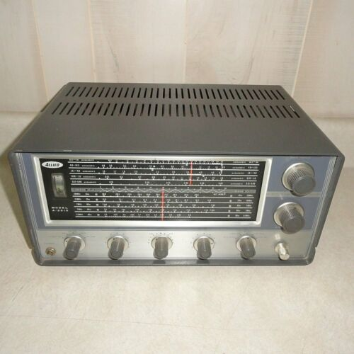 VINTAGE ALLIED Model A-2515 SOLID STATE COMMUNICATIONS RECEIVER