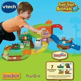 Toot toot airport and zoo track