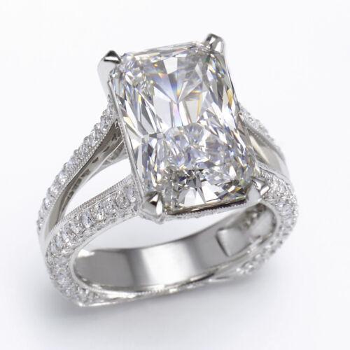 Radiant & Round Cut Diamond Engagement Ring 3.50 Carat 18k Gold