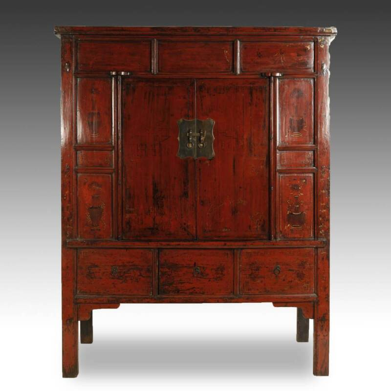 FINE ANTIQUE CHINESE SHANXI RED LACQUERED PAINTED CABINET CHINA 19TH C