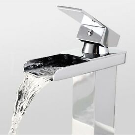 WATERFALL BATHROOM BASIN SINK MONO MIXER CHROME TAP WITH FREE WASTE