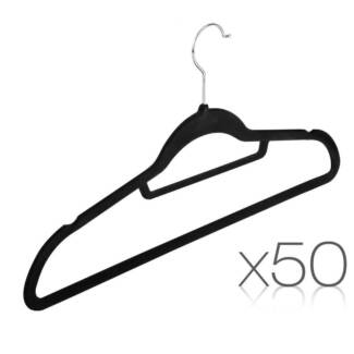 Set of 50 Velvet Hangers with Tie Bar