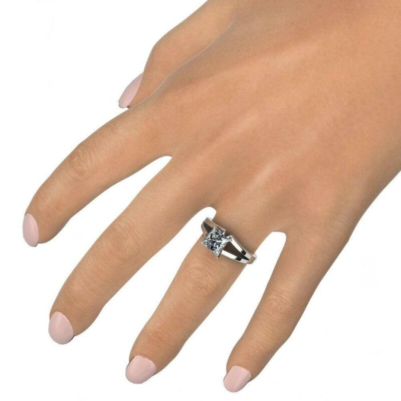 4 Prongs Diamond Princess Cut Ring Solitaire 18 Karat White Gold Lady Size 7 8 9