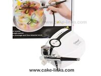 Learn how to use an Airbrush in Cake Decorating