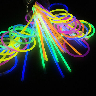 100 Pcs Glow Sticks Bracelets Necklaces Fluorescent Neon Party Favors Xmas Gift