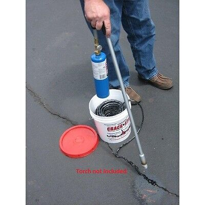 125 Ft Black Permanent Asphaltconcrete Drivewayblacktop Crack Filler Repair