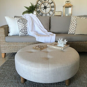 Large 90cm Ecru Round Ottoman/Coffee Table/Tufted/Hampton's/French Provincial