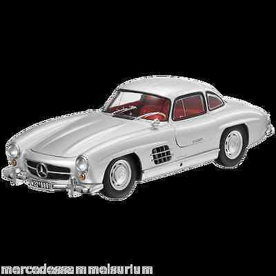 Mercedes Benz W 198 - 300 SL coupè Gullwing Argento 1:18 Minichamps