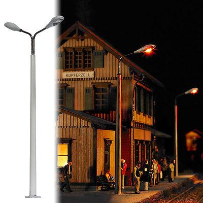 BUSCH 4138 Spur H0, Betonmast mit 2 Lampen #NEU in OVP#