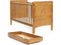 OBaby Disney Winnie The Pooh Delux Cot Bed+Free under drawer Country Pine