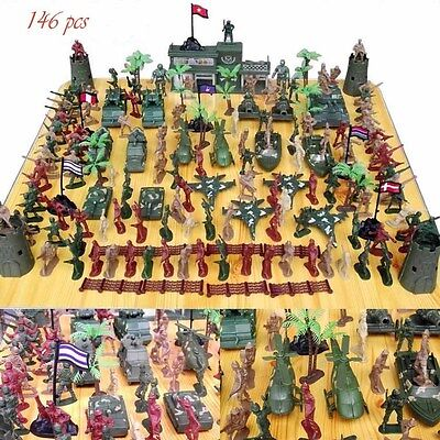 CHBR04 146pcs Military Plastic Toy Soldiers Army Men 5cm Figures & Accessories