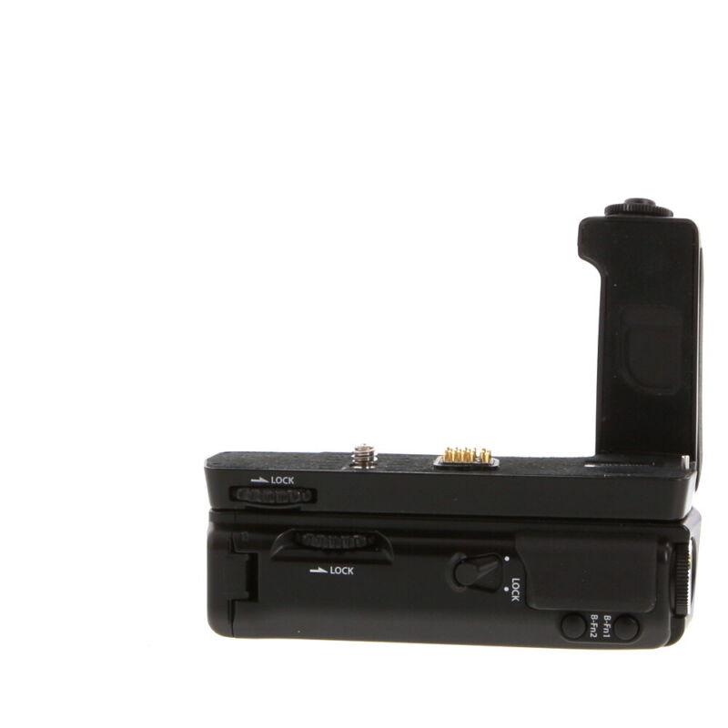 Olympus HLD-6 Power Battery Holder  (Includes 6G Grip,6P Pack) (OM-D E-M5) EX