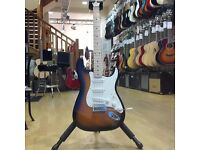 Squier Affinity Stratocaster with maple fretboard - 2 Tone Sunburst (ex-demo)