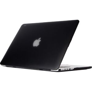 MacBook Pro 15 inch , hard shell case , Black good condition
