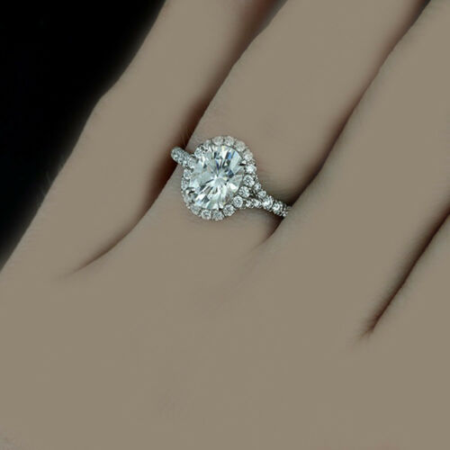 18k Gold Oval and Round Cut Engagement Diamond Ring 2.56 Carat GIA Certified