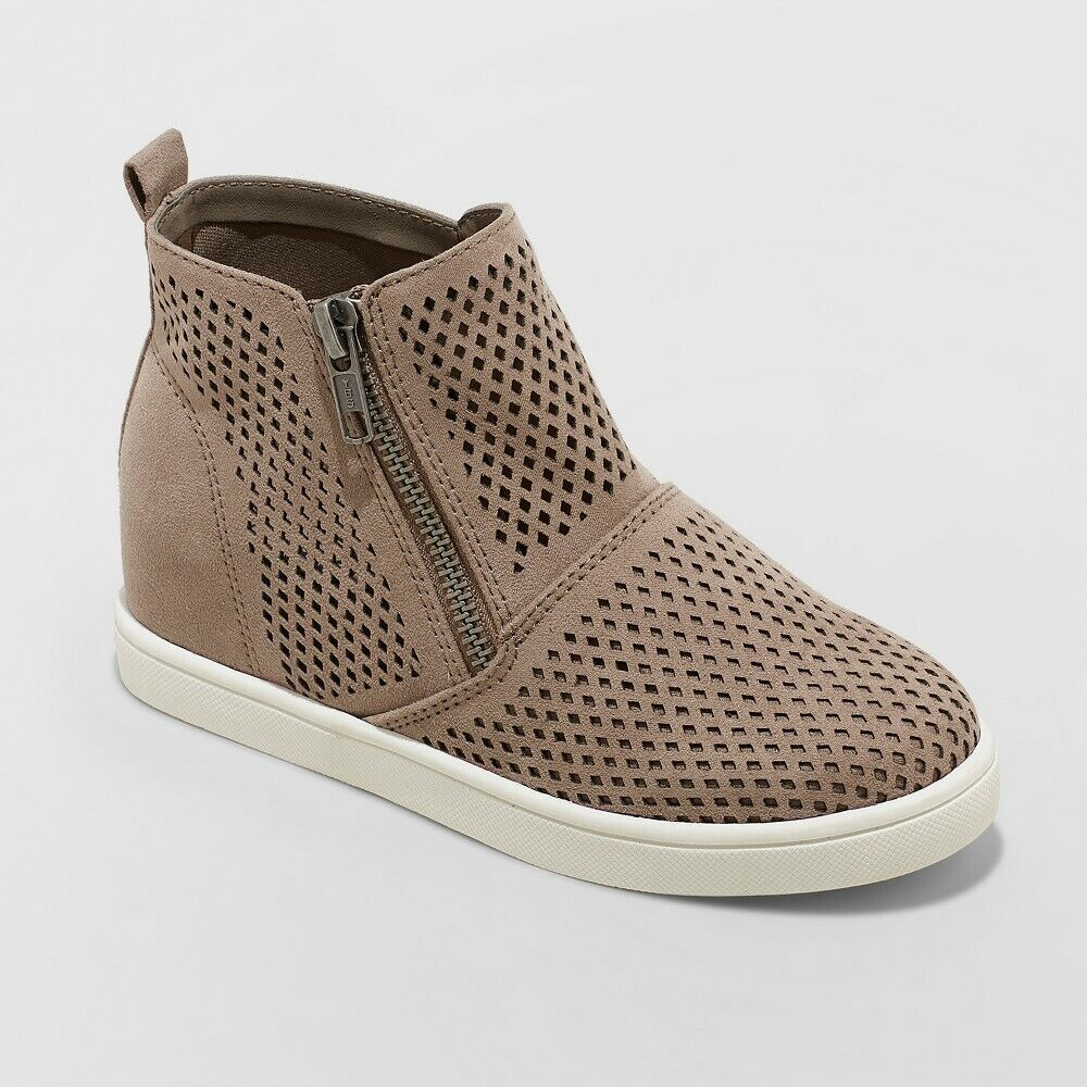 Art Class Girls' Kacy High Top Side Zip Up Hidden Heel Sneakers, Taupe, Size 3 Clothing, Shoes & Accessories