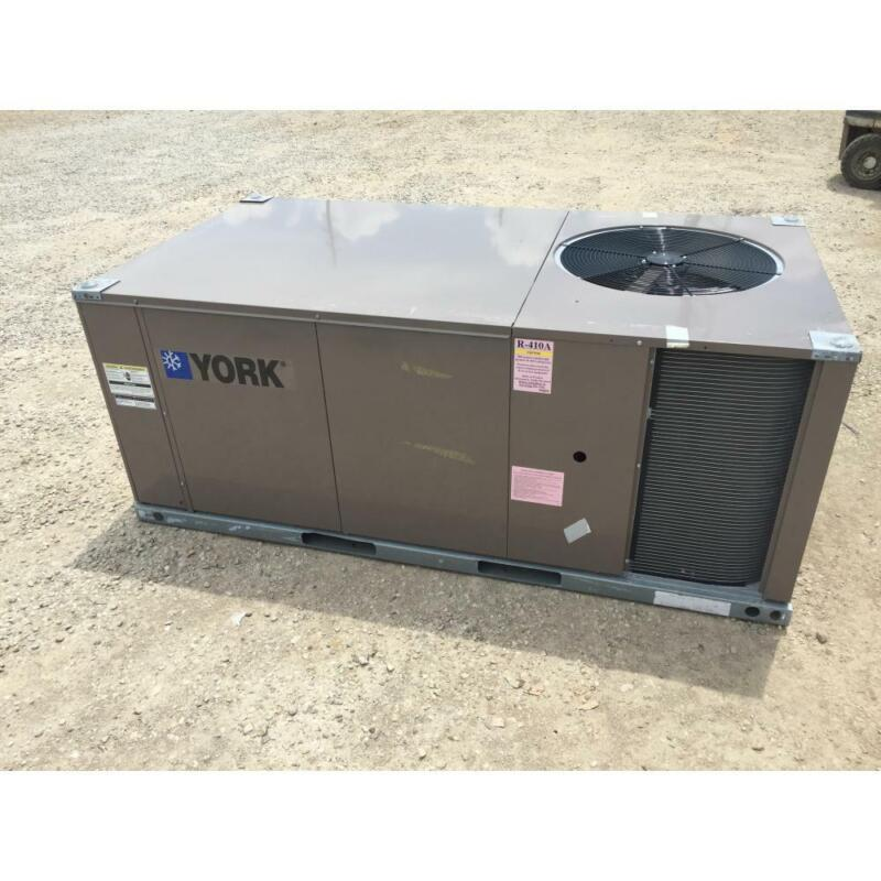 YORK ZF048C00N4AAA4 4 TON CONVERTIBLE ROOFTOP AIR CONDITIONER, 13 SEER 3 PHASE