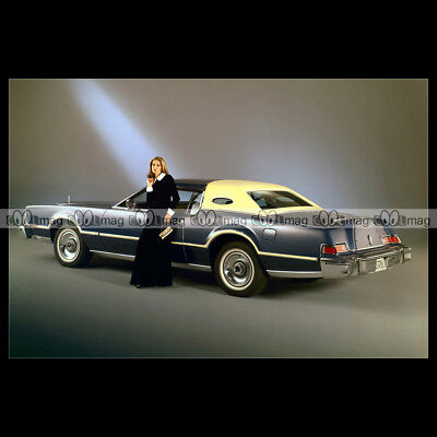 #pha.011522 Photo LINCOLN CONTINENTAL MARK IV BILL BLASS EDITION 1976 Car