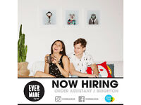 Order assistant at art print & stationery website - Evermade