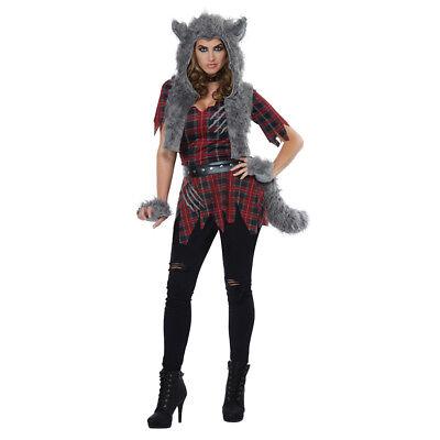 She Wolf Halloween (Womens She-Wolf Monster Halloween)
