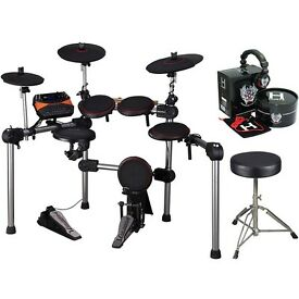 Carlsbro CSD300 Compact Electronic Drum Kit with Headphones Drumsticks and Stool