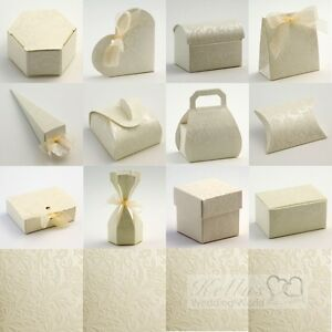 Diamante-Ivory-Wedding-Favour-Boxes