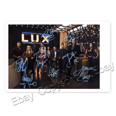 Lucifer mit Tom Ellis, German, Woodside, Alejandro, Harris, Brandt  Autogramm