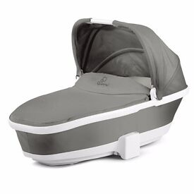 'Quinny Buzz Xtra' pushchair and carrycot (includes adaptors, raincover, cupholder, newborn insert).