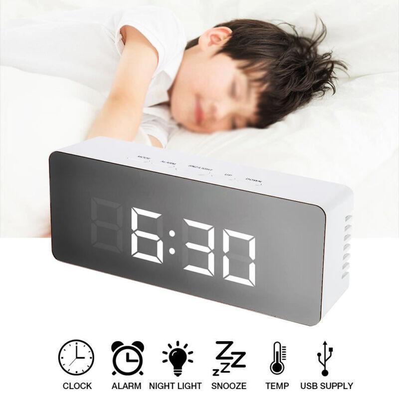 LED Digital Wecker Tischuhr Uhr Nachtlicht Thermometer Snooze Alarm USB