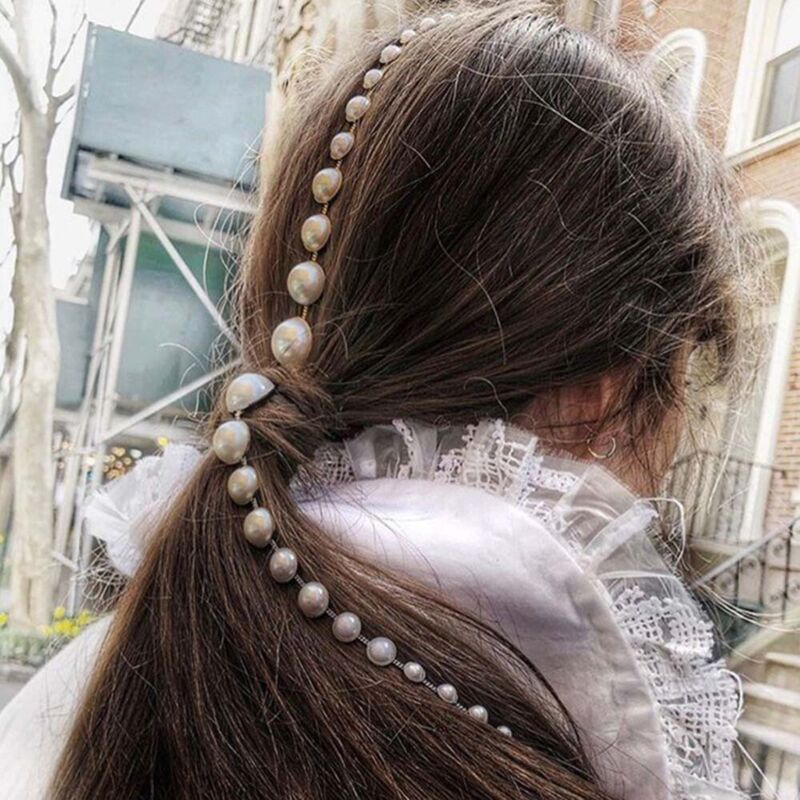 Women Pearls Tassel Long Gold Chain Hair Combs Claws Party H