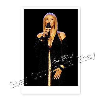 Barbra Streisand -  singer, actress, director and producer Autogrammfoto (AK1)