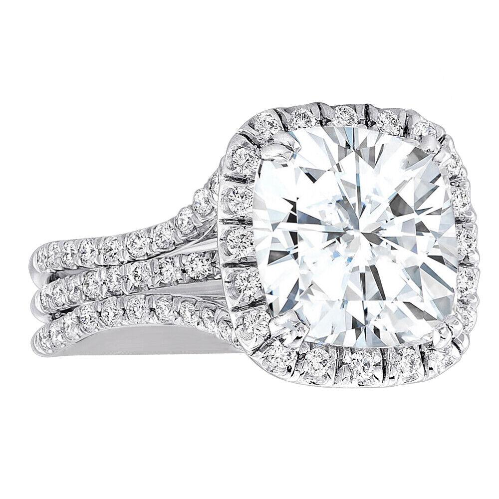 GIA Certified Diamond Engagement Ring 3.20 carat Cushion Shape VVS2 18K Gold