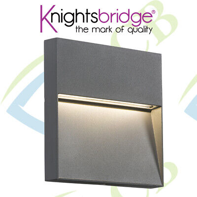GREY 230V IP44 4W 3500K INDOOR/OUTDOOR NON-DIMMABLE LED SQUARE WALL GUIDE LIGHT