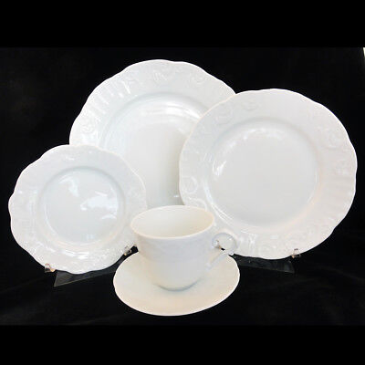 MANUELINE WHITE Vista Alegre 5 Piece Place Setting NEW NEVER USED made Portugal