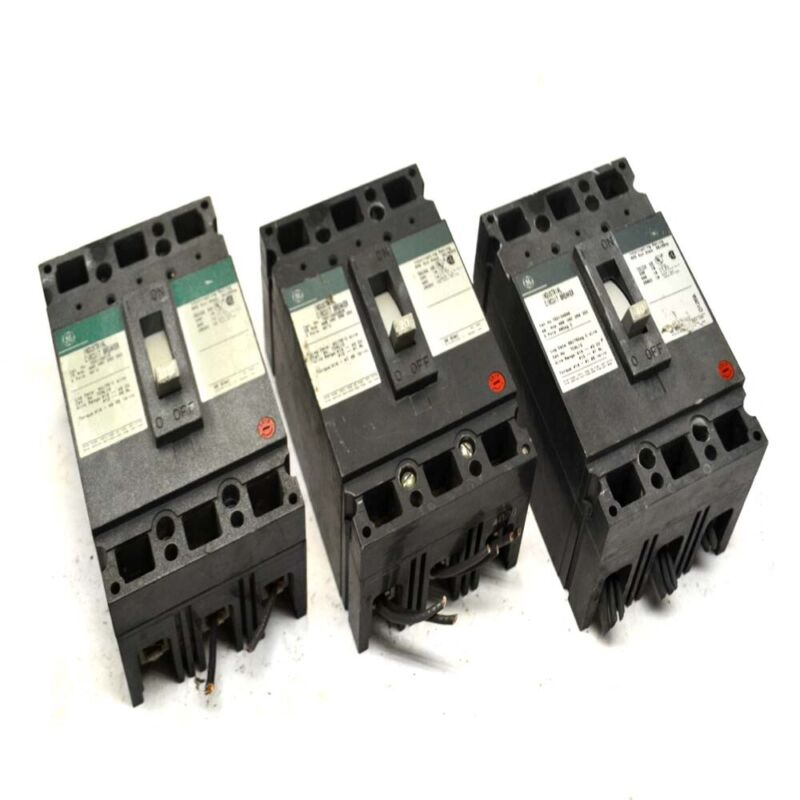 (3) General Electric GE 15A, 20A, & 40A 3-Pole Industrial Circuit Breakers 480V