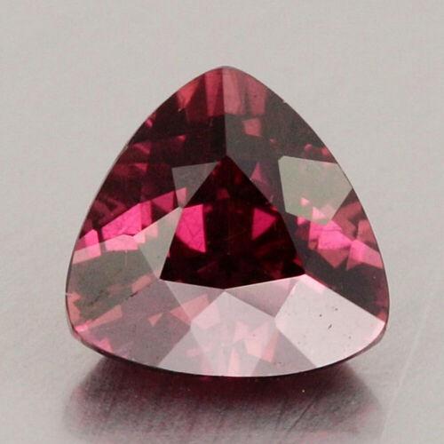 Video_1.18cts_Natural Malaya Garnet_Tanzania_Vivid Purple Pink_Trillion_GM800