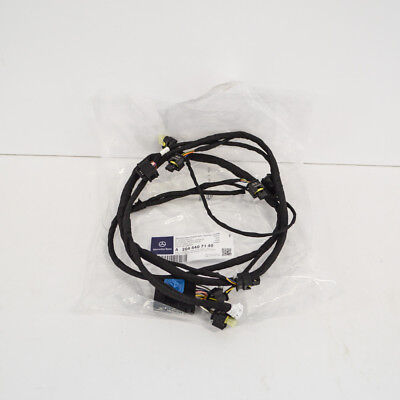 MERCEDES-BENZ GLK X204 Front Parking Sensor Wiring Loom A2044407140 New Genuine