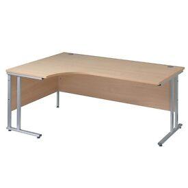 Office Desk / Computer Desk (h)725 x (w)1600 x (d)800mm RRP £280
