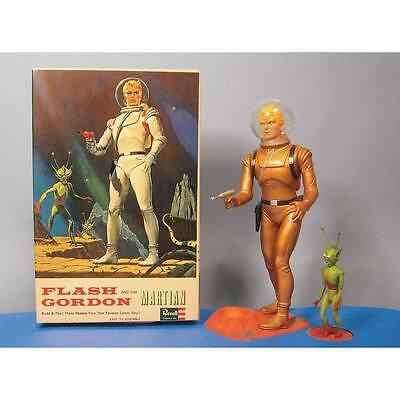 Atlantis Models 1/8 Flash Gordon Figure w/ the Martian Plastic Model Kit amc3003