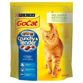 PURINA GO-CAT Crunchy and Tender Salmon, Tuna and Added Vegetables Dry Adult Cat Food, 800 g £2