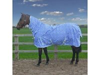 Horse rugs 5'9 and 5'3