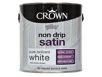 Crown Non Drip Satin pure white for woods and metal